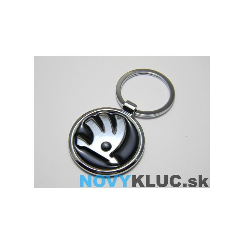 Kovová kľúčenka s logom ŠKODA